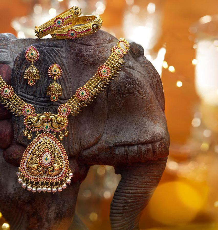 best wedding jewellery collcetions karnataka