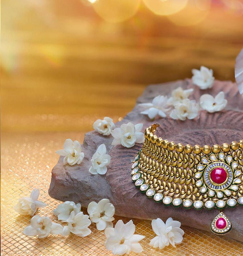 traditional gold necklaces designs for wedding