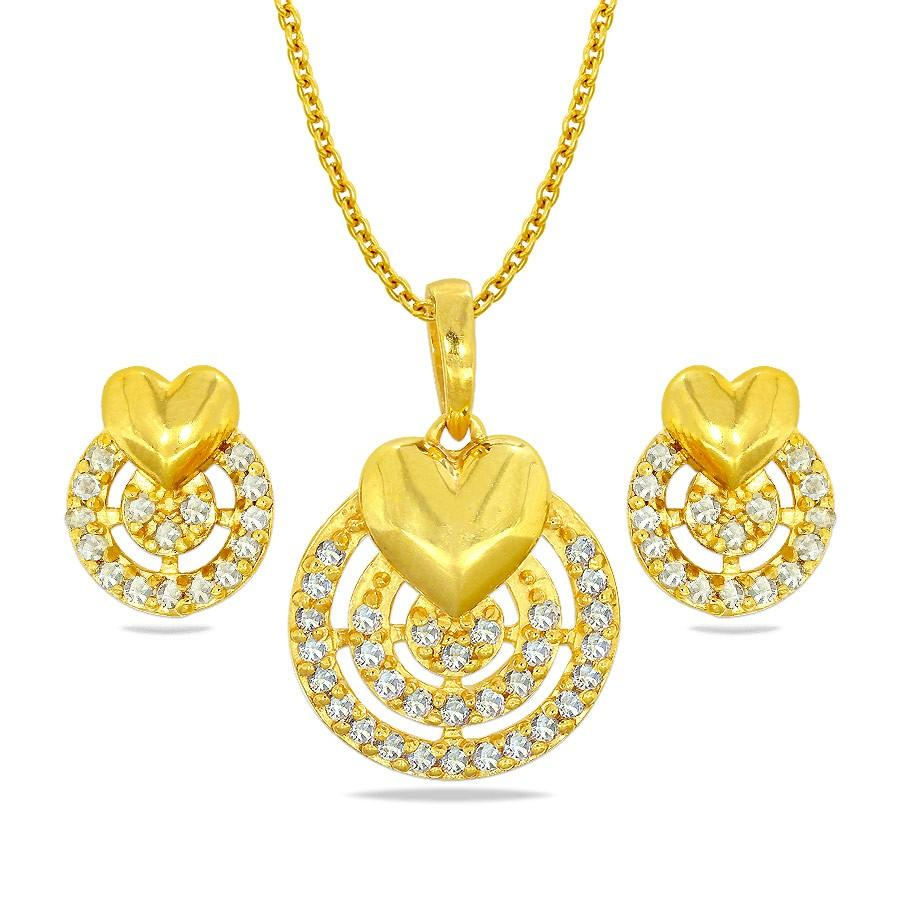 gold pendant set with earrings