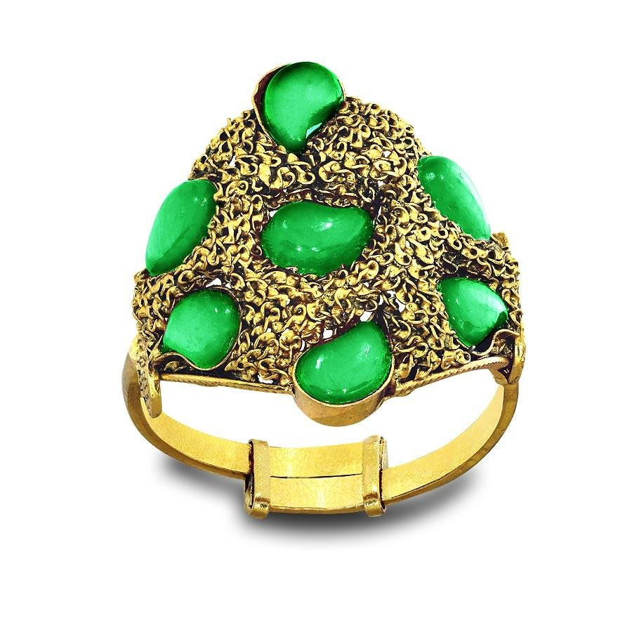 GREEN STONE RING